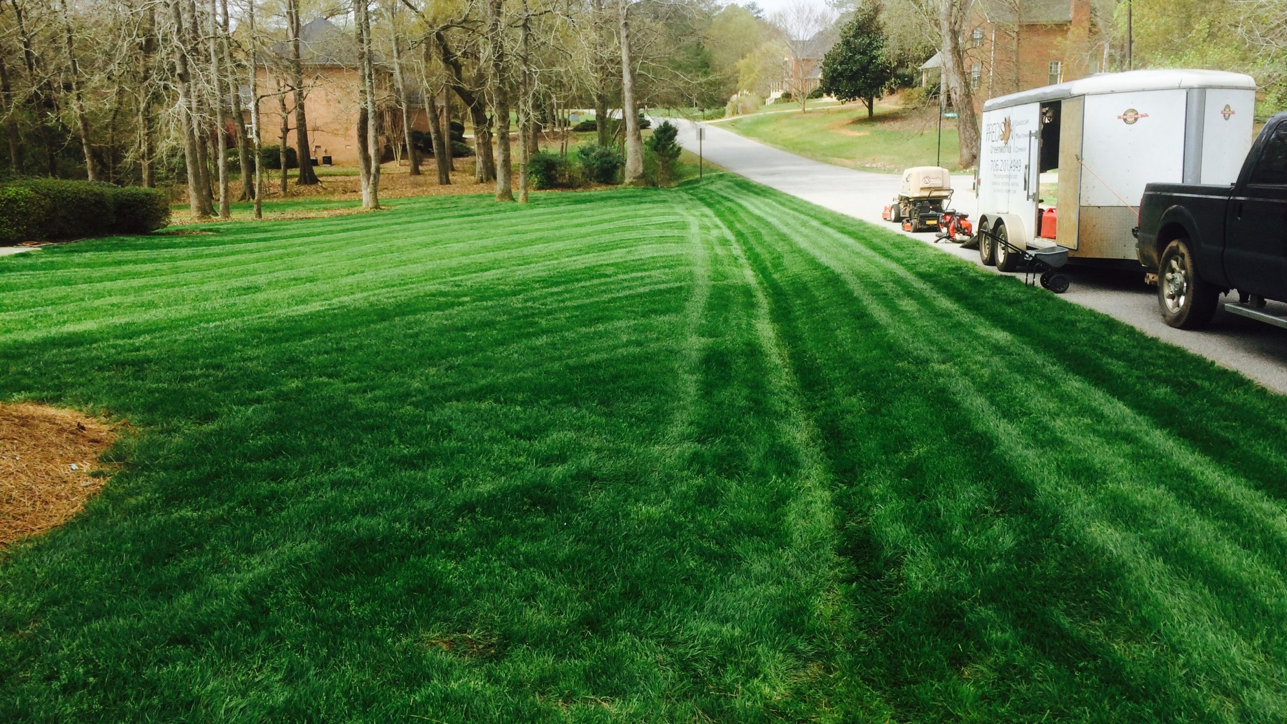 Straight And Diagonal Lawn Stripes With GreenWorks EcoScapes Lawn Care Equipment And Electric Mowers